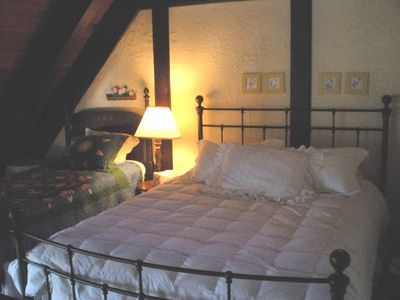 Big Bear Lake chalet rental - Even the kid's Loft has quality beds and bedding