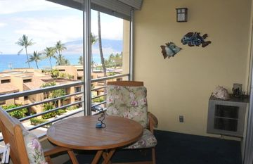 Have Breakfast, Lunch or Dinner on the Lanai