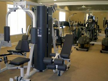Clubhouse Gymnasium, free for all Villa guests