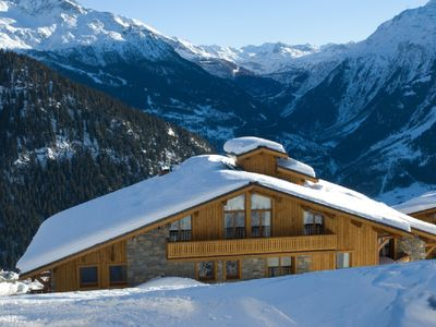 Large penthouse apartment with 3 bedrooms right by the piste in La Rosiere