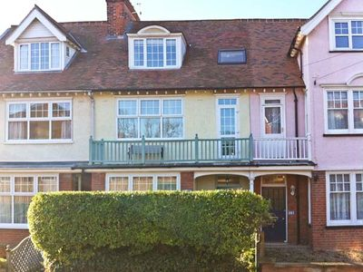 SAMPHIRE HOUSE, pet friendly, with a garden in Mundesley, Ref 20834