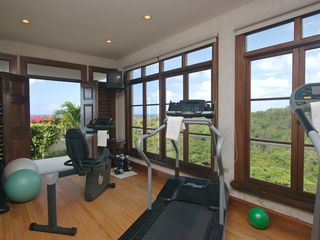 Montego Bay villa photo - Fully equipped gym