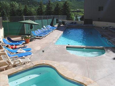 20%off! SKi Beaver Creek,Vail onsite shuttle, heated pool,sauna