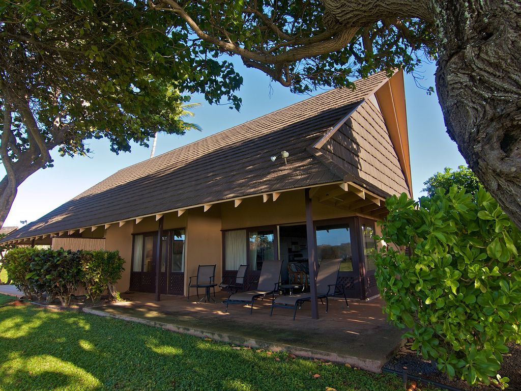 Beautiful Ocean Front Cottage At Kepuhi Beach Vrbo