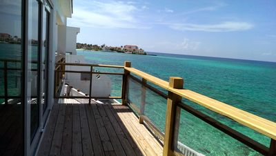 Well Located Ocean Front Property, Sleeps 16, Newly Renovated With Pool