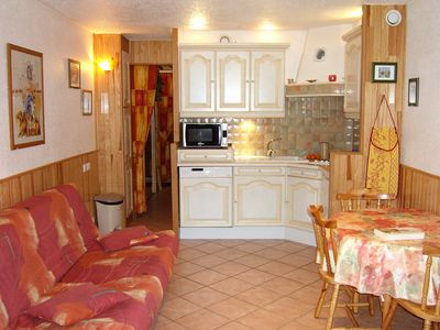 Charming studio cabin 4 people south. The slopes and near shops