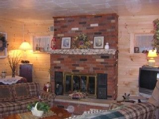 Lake Koshkonong cottage photo - Living room