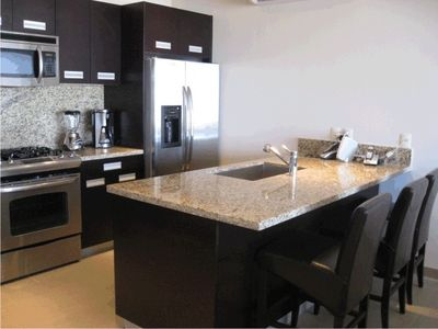 Full Equipped Culinary Artistic Granite Kitchen with /Laptop and Wifi