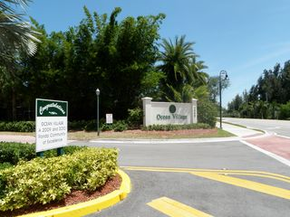 Hutchinson Island apartment photo - Ocean Village Entrance