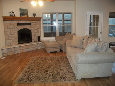 Camdenton house rental - Cozy Family Room upstairs!