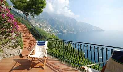 Villa lies inside an elegant residential complex just 2 kms from Positano