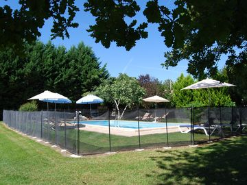 Swimming Pool - Starling Lodge