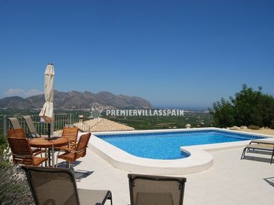Orba villa rental - Pool and View