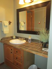 Copper Mountain condo photo - Downstairs vanity outside of bath for larger parties