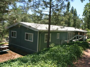 Large house in the Sierra Foothills