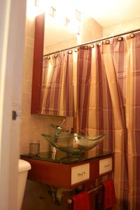 Gramercy Park condo rental - Contemporary marble bathroom (Suite 1F)