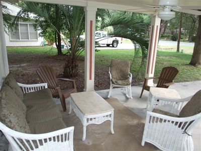 Jekyll Island cottage rental - Covered front gathering area.
