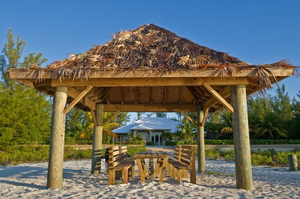Luxurious new 5 bedroom home on the homeaway grand for Beach houses for rent in bahamas