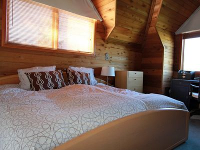 Master Bedroom. King bed. Sleeps 2. Ensuite bathroom. Mountain and Village views