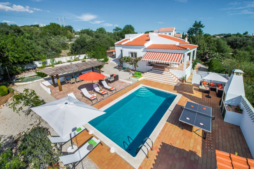 Lovely And Family Friendly Vacation Villa In Algarve