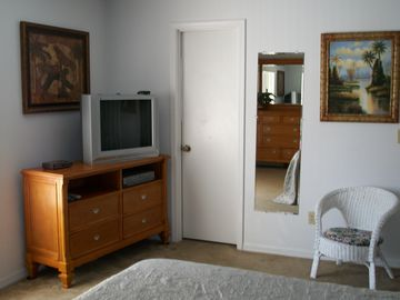 All bedrooms with Cable TV, DVD & VCR