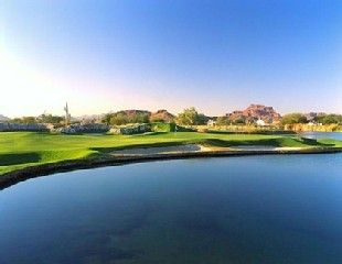 Mesa house rental - The spectacular par 3 11th