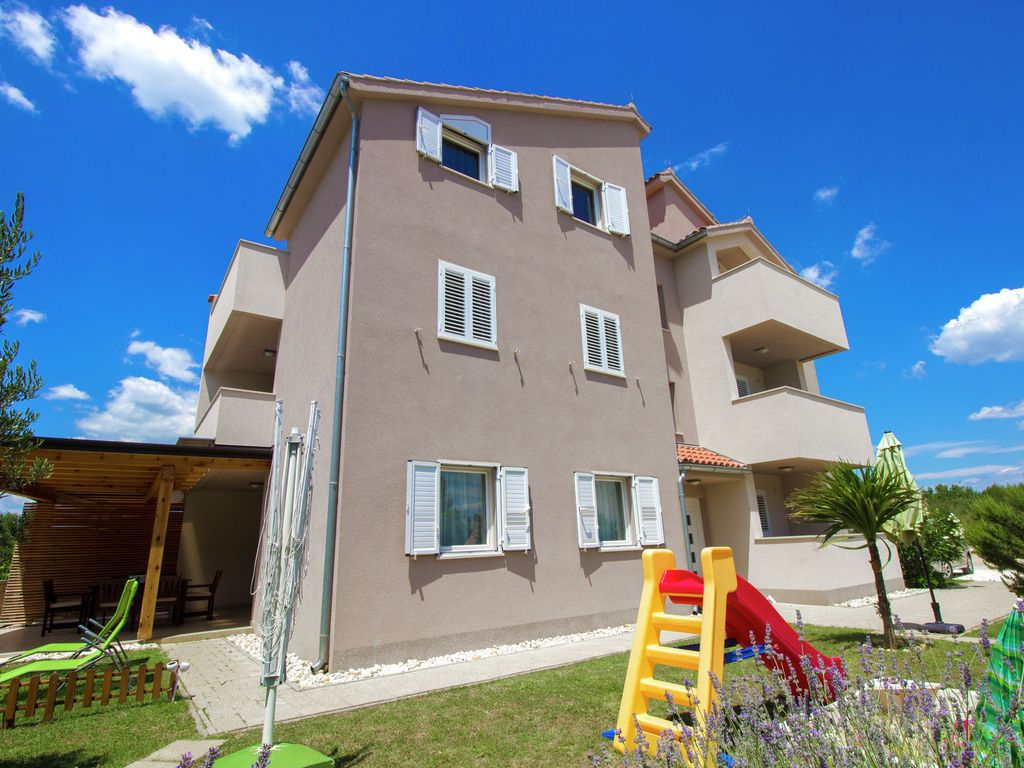 Holiday apartment 393454