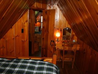 Lake Arrowhead cabin photo - Gorgeous knotty pine paneling throughout the upsta