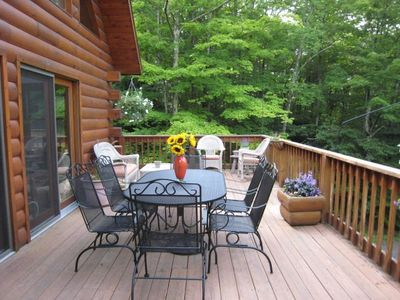 Wrap Around deck provide add'l 800 sf of Outdoor Living Space-Tree Fort Views