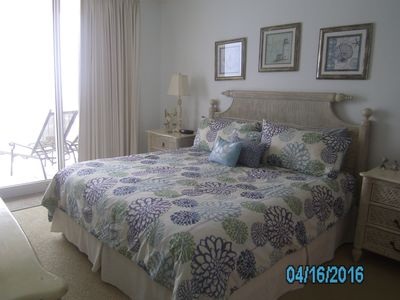 Master King Size Bed  w/doors to balcony & Gulf view