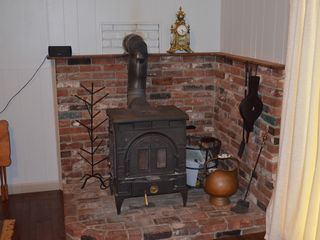 Bartlett chalet photo - Wood stove