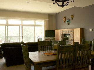 Ruidoso condo photo - living space