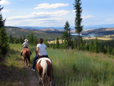Enjoy Horse Back Riding in the Surrounding Areas
