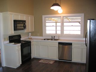 Lampasas house photo - Fully equipped kitchen.