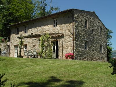 Ancient lovely farmhouse  with a colourful artistic ambience