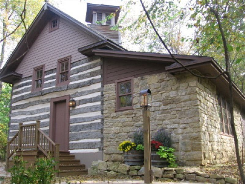 Luxury 1800 S Log And Stone House In Wisc Vrbo