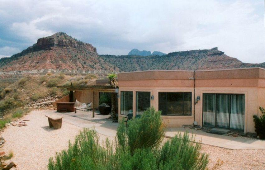 Vistas of zion national park vrbo for Vacation rentals near zion national park
