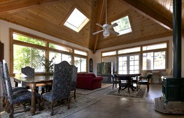 Idyllwild lodge rental - Huge solarium w dining, entertainment and card table