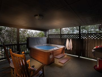 Asheville cottage rental - The back deck at the Rosewood Cottage - One bedroom/One bath