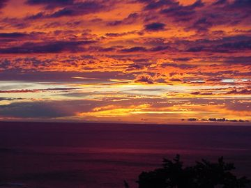 Captain Cook apartment rental - Beautiful Sunset from the lanai.