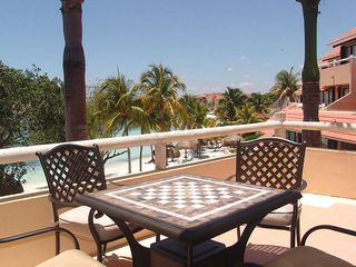 Puerto Aventuras condo photo - A game of chess or checkers anyone?