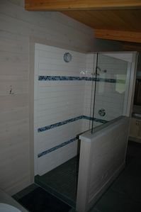 Master bedroom rain shower.