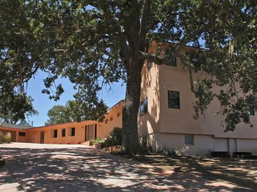Atascadero house rental - View Coming up to House