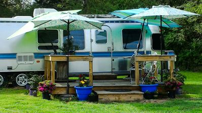 Glamping in Style at Stillwaters Farm!