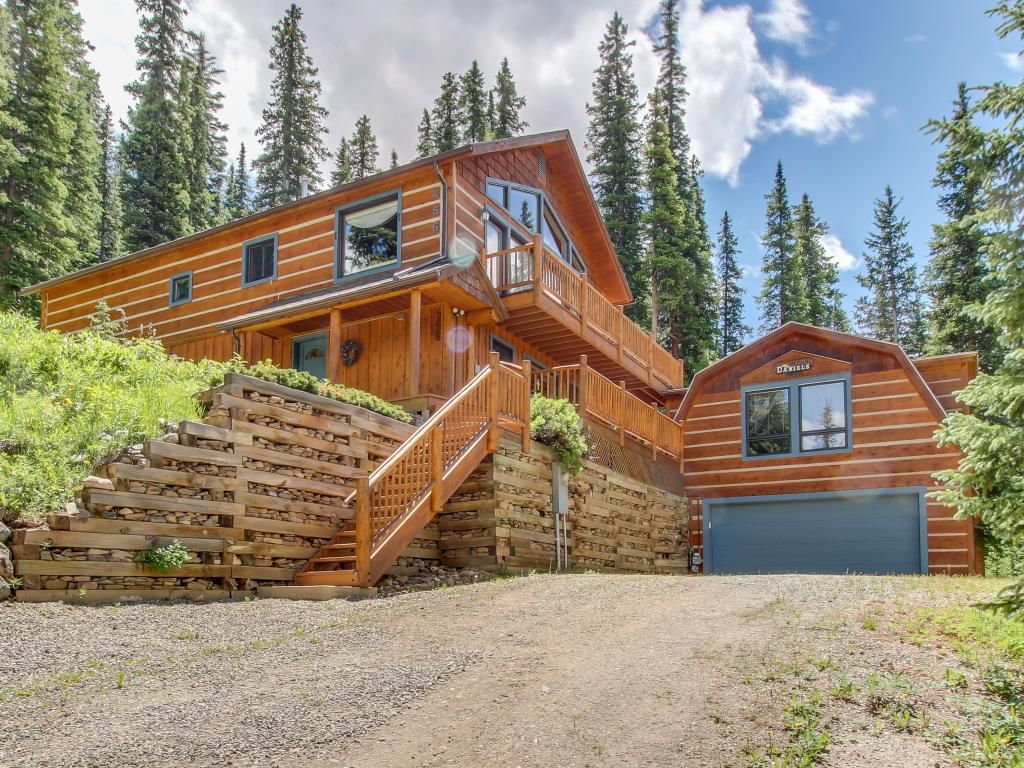 Magnificent log home w views of quandary peak vrbo for Vacation log homes