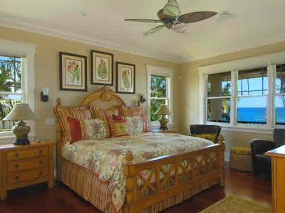Honu La'e Master Bedroom w/King Bed