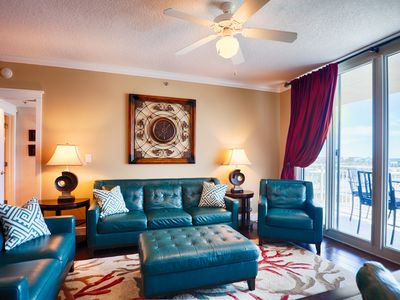 Waterscape A627 ~ Top Floor Luxury at an Affordable Price!