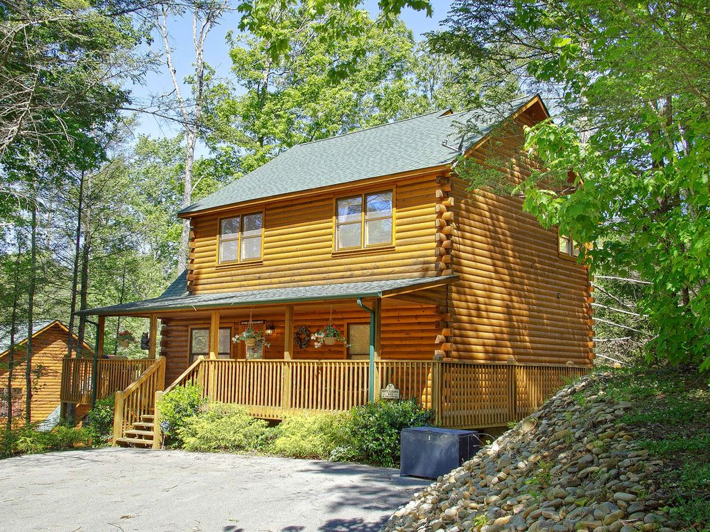 Gatlinburg 2 Bedroom Cabin Updated With Vrbo