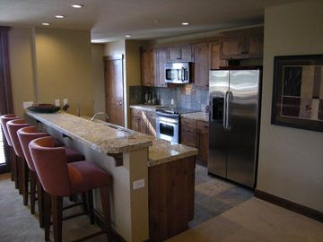Fully Stocked Gourmet Kitchen ( 3Bdrm unit)