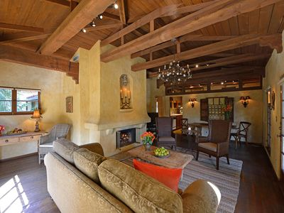 Los Angeles villa rental - WELL APPOINTED LIVING ROOM WITH HARDWOOD FLOORS BEAMED CEILINGS FIREPLACE